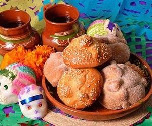calaveras, dia de muertos, and pan de muerto image