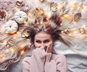 lights, autumn, and blonde image
