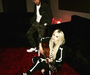 Avril Lavigne, music, and 2017 image