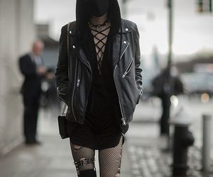 fashion, black, and goth image