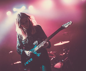 music, singer, and ellie rowsell image