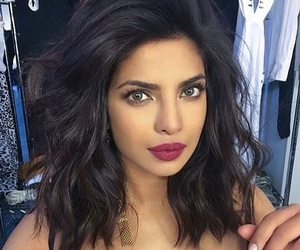 black hair, priyanka chopra, and hairstyle image