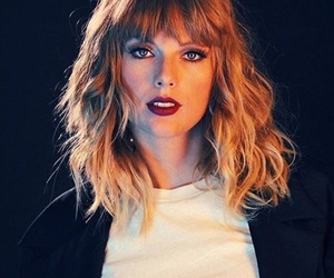 Taylor Swift, Reputation, and photoshoot image