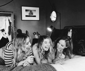zoella, tanya burr, and poppy deyes image