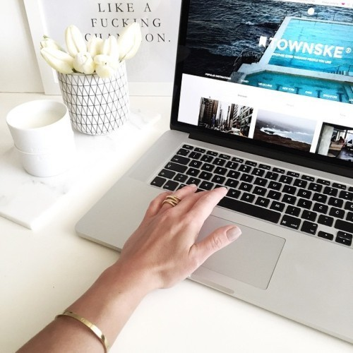 Imagem de design, luxury, and apple
