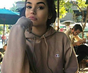 girl, makeup, and maggie lindemann image