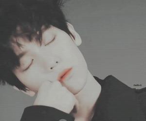 aesthetic, dark, and baekhyun image