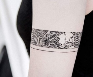 arm tattoo, skull tattoo, and black and grey tattoo image