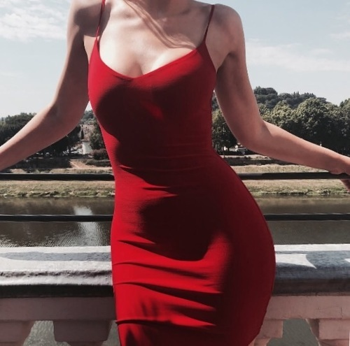 red, theme, and aesthetic image