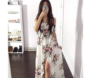beautiful, Chick, and dresses image