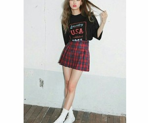 girls, korean, and outfits image