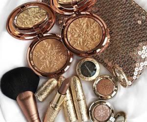 beauty, brush, and eyeshadow image