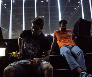 concert, the chainsmokers, and alex pall image