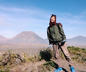 adventure, cold, and hijab image