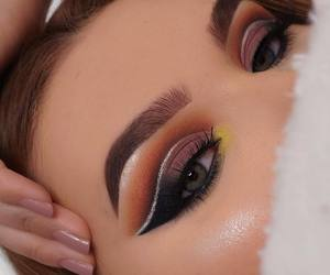 eye makeup, eyeshadow, and eyes image