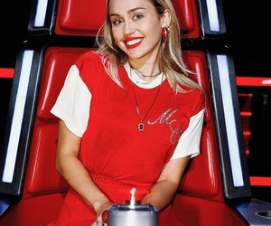 miley cyrus and smilers image