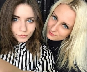 sisters, hair, and blonde and brown hair image