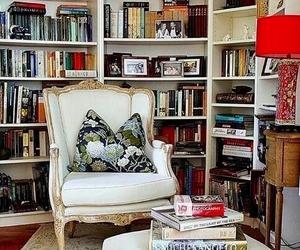 Reading Spots https://thevisualvamp.tumblr.com/post/167065880538/bookworm