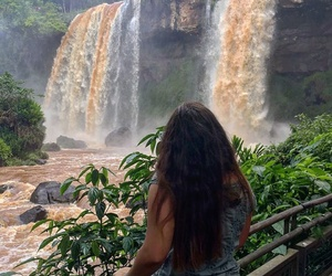 girl, natura, and cascate image