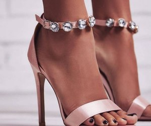 diamonds, glamour, and luxurious image