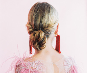 chignon, elegant, and hairspiration image