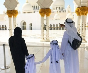 Dubai, family, and mosquee image