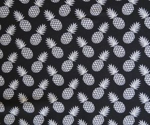 pineappel and bagrounds image