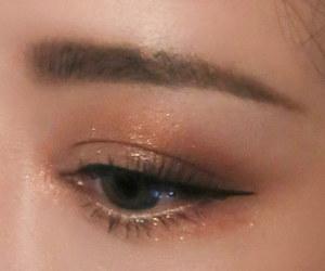 celestial, stylenanda, and eyeliner image
