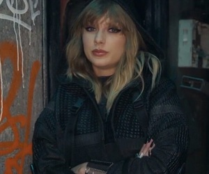 Taylor Swift and ready for it image