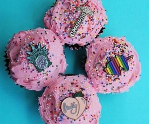 cake, cakes, and cream image