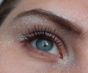 eyes, glitter, and eye image