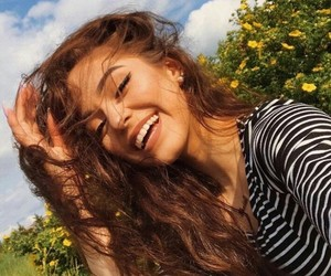 thalia bree, smile, and tumblr image