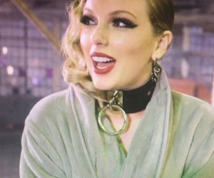 Taylor Swift and lwymmd image