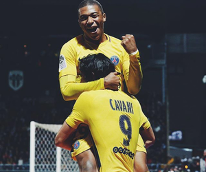 foot, edinson cavani, and psg image
