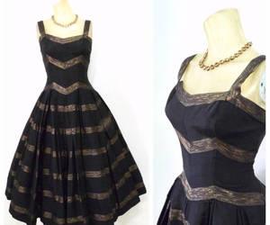 50s dress, 1950s dress, and circle skirt image