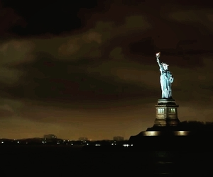 it's beautiful and the statue of liberty image