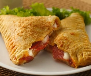 bacon, carne, and cheese image