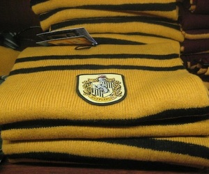 harry potter, hufflepuff, and aesthetic image
