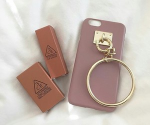 asian, phone case, and fashion image
