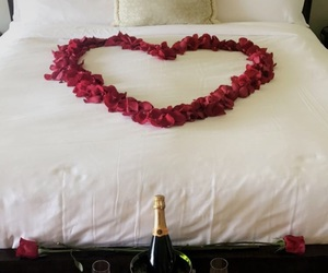 bed, hearts, and bedding image