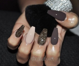 fashion, nails, and glitter image