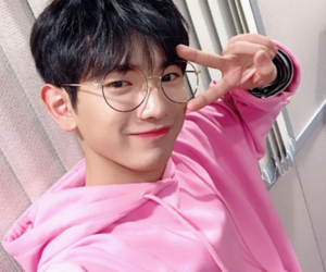 kpop, produce 101, and lee euiwoong image