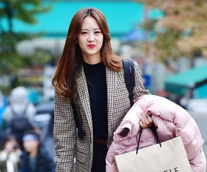 kpop, hyeyeon, and bestie image