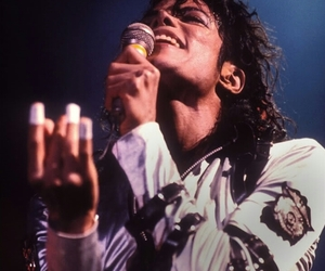 michael jackson and music image