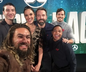 Henry Cavill, justice league, and gal gadot image