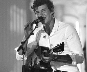 shawn mendes, black and white, and boy image