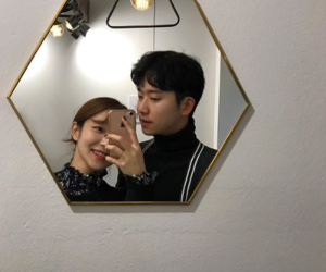 pareja, korean couple, and ulzzangs image