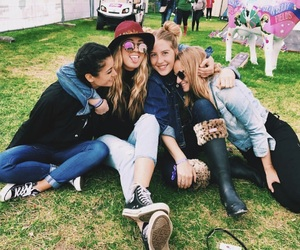 festival, girl, and friend image