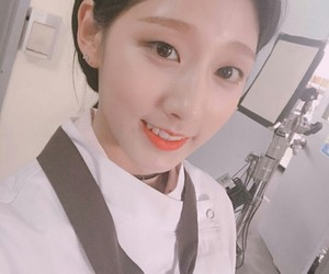 lovelyž, jeong yein, and yein lovelyz image