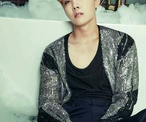 korean, kpop, and jhope image